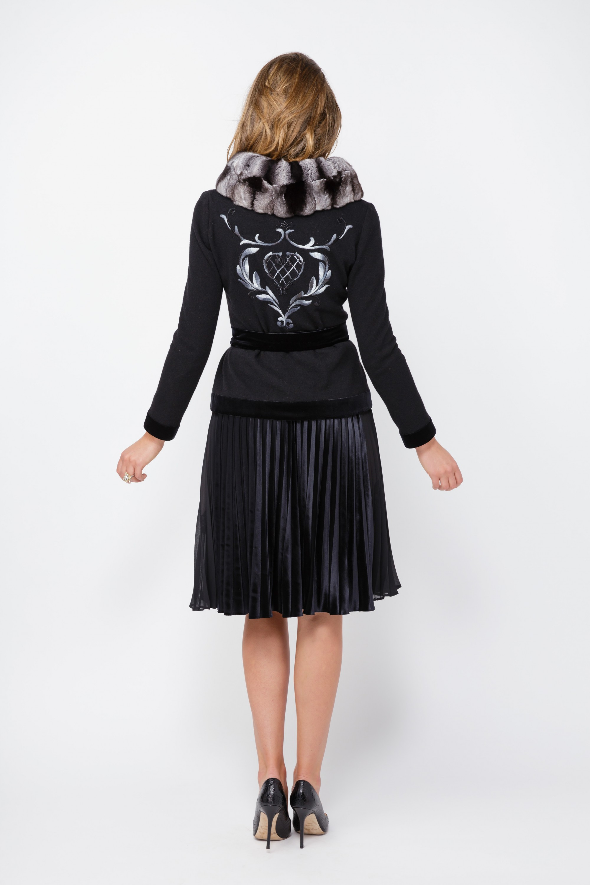 Black Cardigan With Removable Chinchillas Fur
